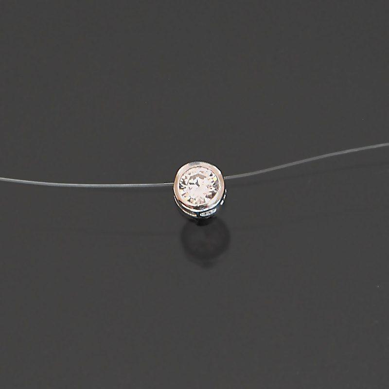 Collier argent fil nylon zirconium serti clos
