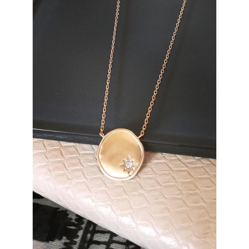 Collier médaille plaqué or zirconium