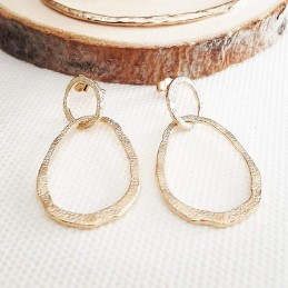 Boucles d'oreilles pendantes plaqué or anneaux martelés