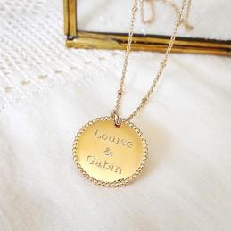Pendentif personnalisé médaille gravée plaqué or
