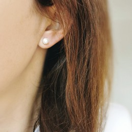 Boucles d'oreilles puces argent perle d'eau douce 6 mm